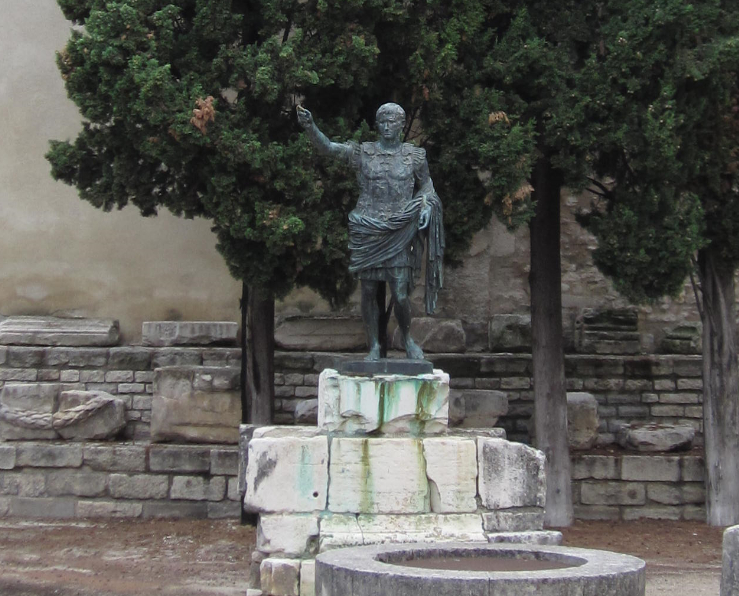 august-porte-daugust (1)
